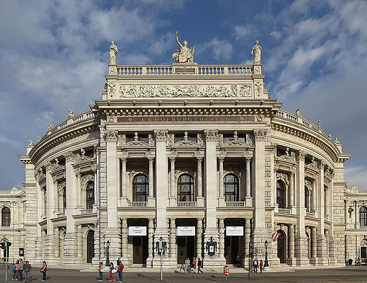 Burgtheater © Thomas Ledl | Wiki Commons